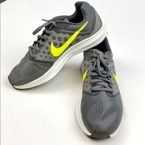 Nike Downshifter 7, gray with lime swish